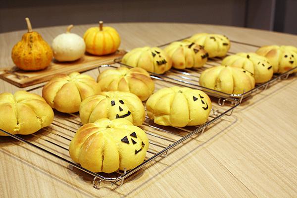 ハロウィンかぼちゃパンレッスン@クリナップ・キッチンタウン・東京。